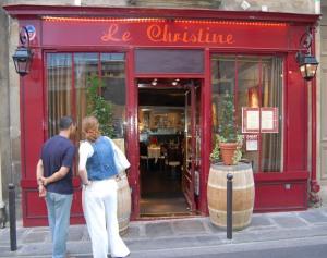 Le Christine (outside)